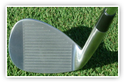 side saddle / face on chipping golf club